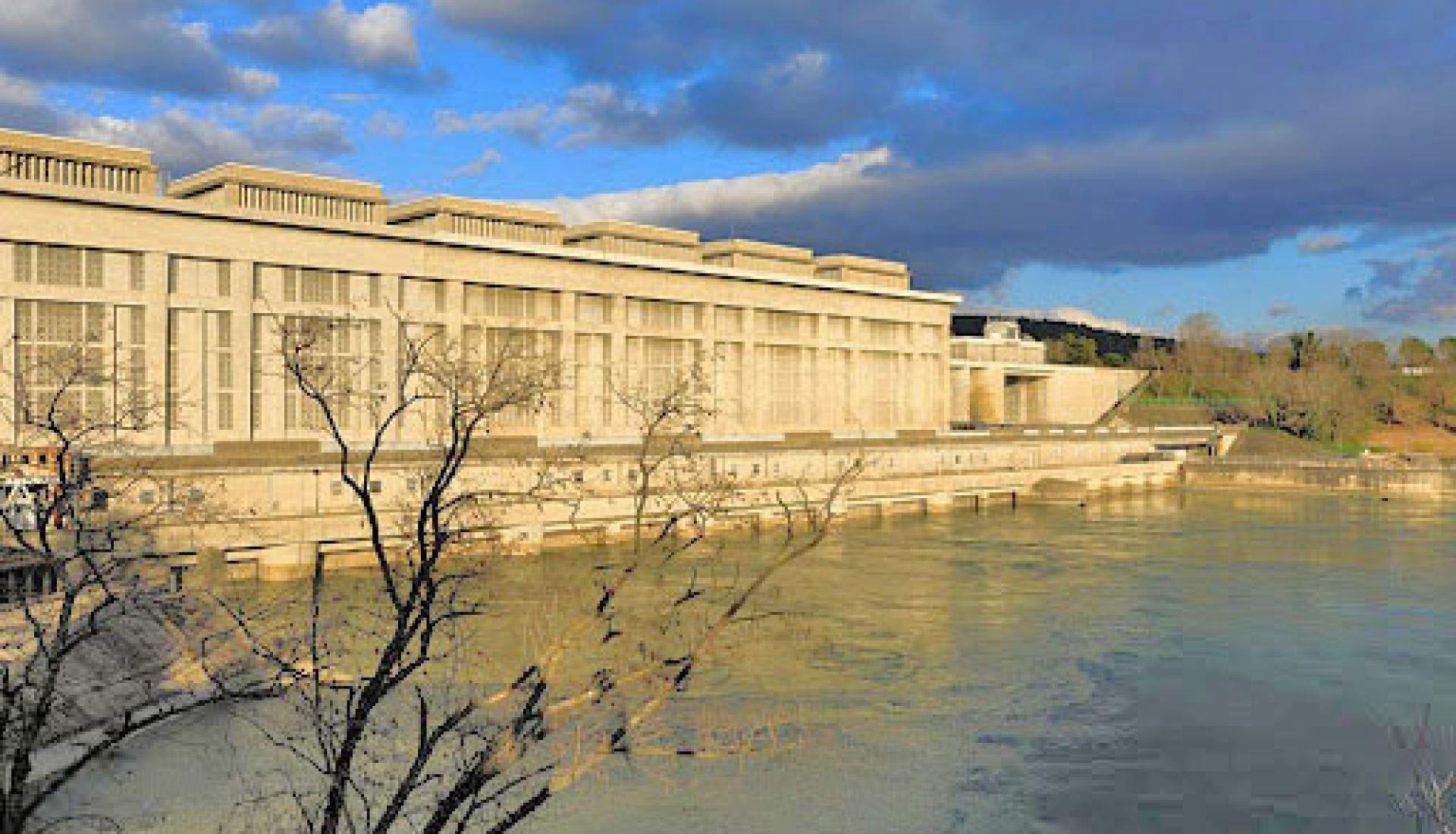 Visite du site de la Compagnie Nationale du Rhône de Bollène
